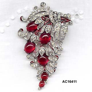 1940 Alfred Philippe for Trifari Enamel and Rhinestone Fur Clip